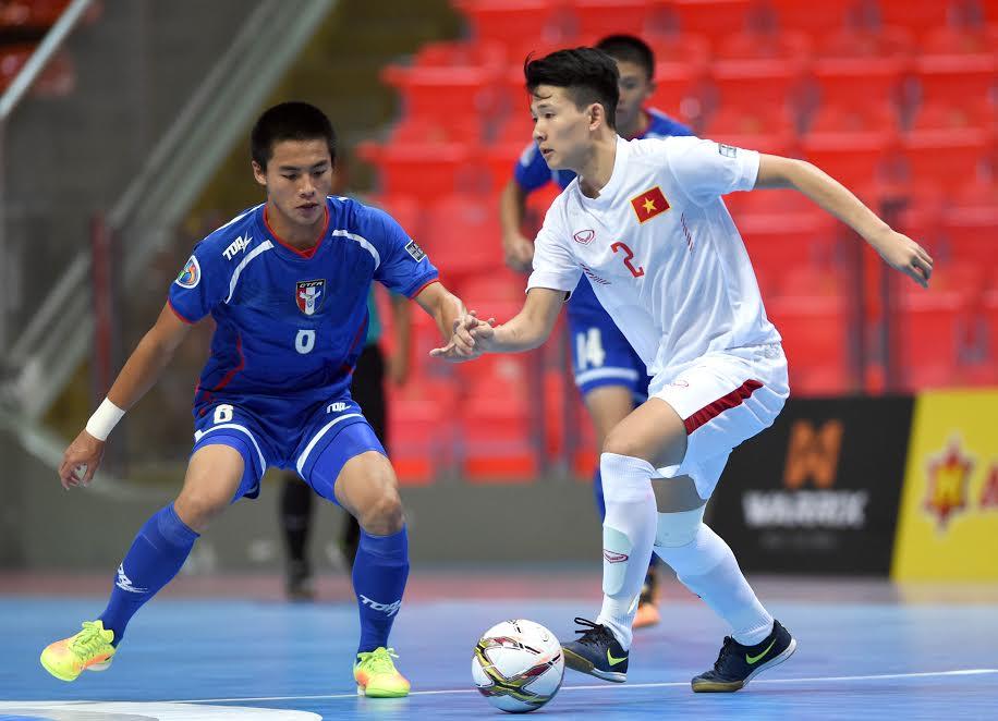 Top kỹ thuật bóng đá Futsal 5 người bạn nên biết | YouSport.vn